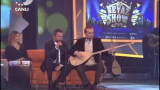 Cengiz Özkan - Yavuz Bingöl - Bir Ay Doğar 04.03.2011 Beyaz Show Video
