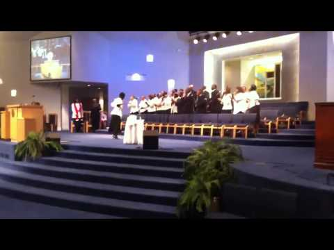 "Mt. Zion Apostolic Church(Apostolic Choir) Singing ""The Blo"