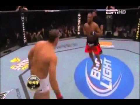 Jon Jones - Big Swing.wmv