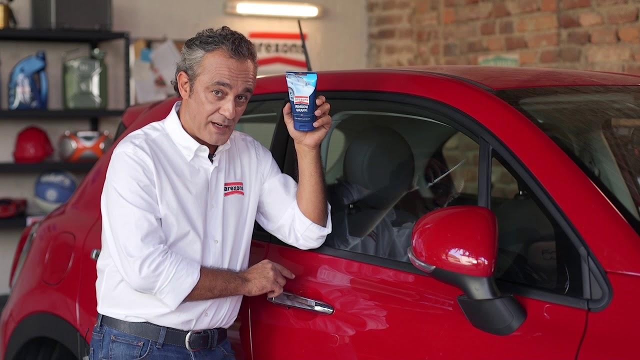 Come Rimuovere la Vernice Spray dalla Carrozzeria dell'Auto