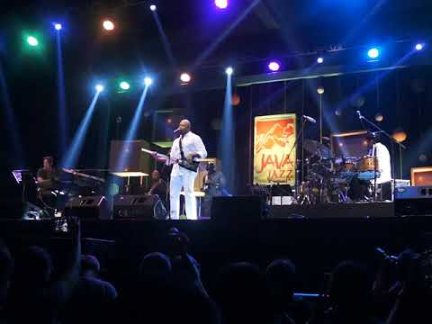 Funk In Mason Performing Al Jarreau's Hit  at Java Jazz Festival 2018