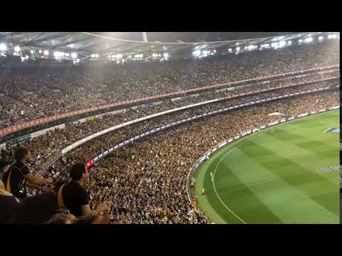 Crowd after the Dan Butler Goal Richmond v. GWS Preliminary Final
