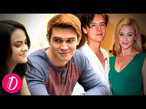 12 Fast Facts About The Cast of Riverdale