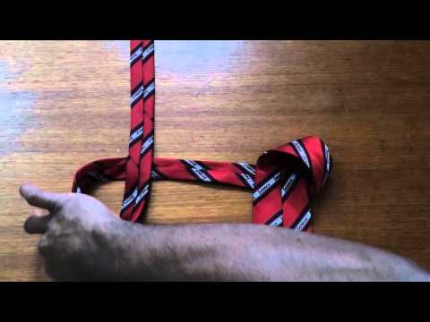 Tieing a tie in 10 seconds is possible