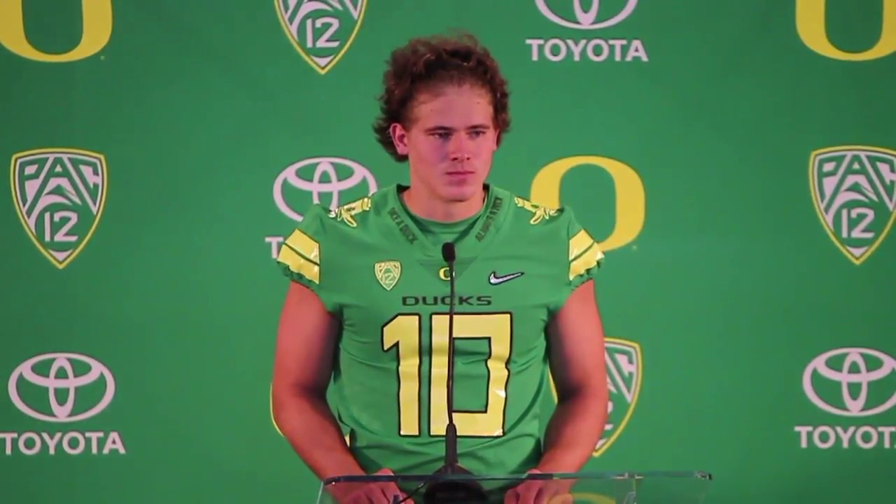 Oregon Ducks Qb Justin Herbert On Nfl Hype And His Love For Football Youtube