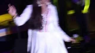 Shreya Ghoshal singing ishq hua live