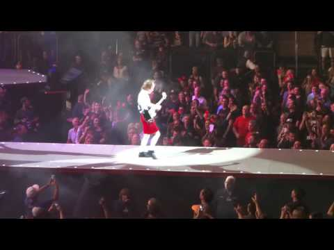 AC/DC - Rock N Roll Train 9/14/16 Madison Square Garden NYC