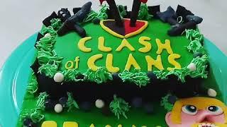 Customised Cake-CLASH OF CLANS.