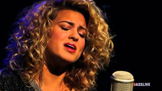 "Tori Kelly Performs ""Paper Hearts"" on AXS Live"