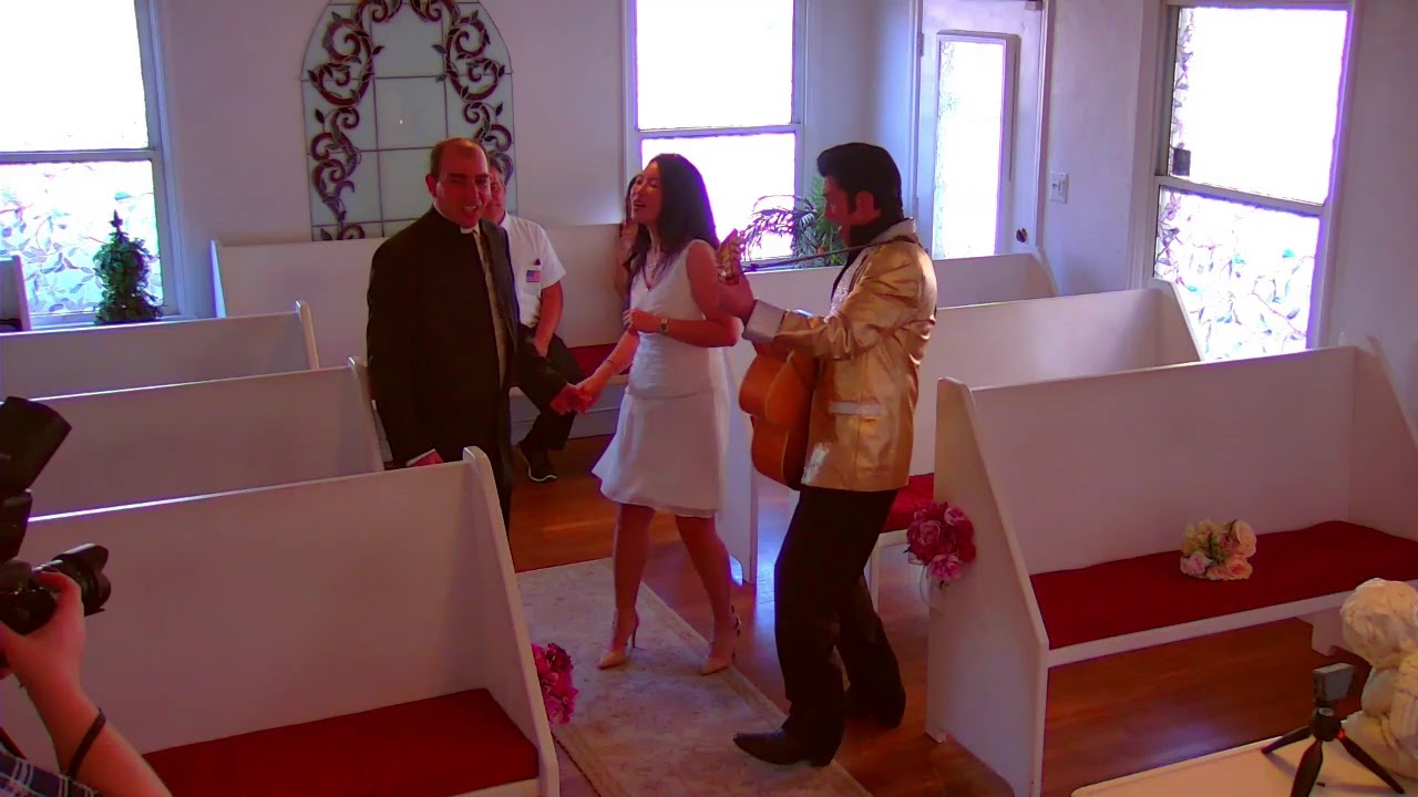 Las Vegas Weddings At Cupid S Wedding Chapel Live Stream Https Youtu Be Pjrg5lzc3rc Las Vegas Weddings Vegas Wedding Chapel Wedding