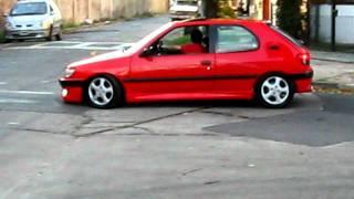 Peugeot 306 xsi al piso con xenon!!!!