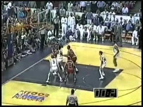 Michael Jordan hits game winner vs. Cavs (1993) (Bulls radio broadcast)
