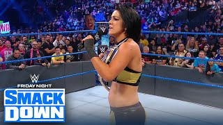 Bayley wins SmackDown women's title after destroying her Bayley Buddies | FRIDAY NIGHT SMACKDOWN