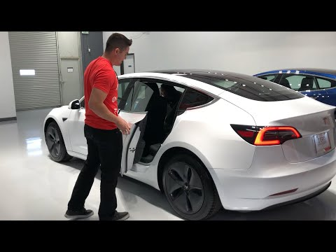 The Tesla Model 3 Delivery Experience