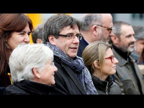 euronews (in Italiano): Catalogna: Madrid chiederà arresto Puigdemont se va in Danimarca