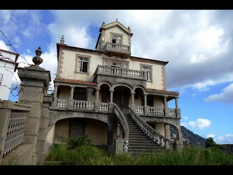 Urban Exploring in Portugal: Abandoned Mansion