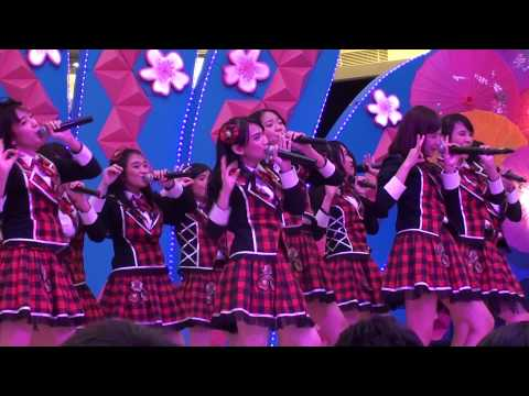 [FANCAM] JKT48 Tim J - Pareo wa Emerald at Baywalk Nippon Fest