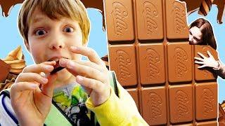 Видео путешествия для детей - Фабрика шоколада - Пробуем вкусняшки!