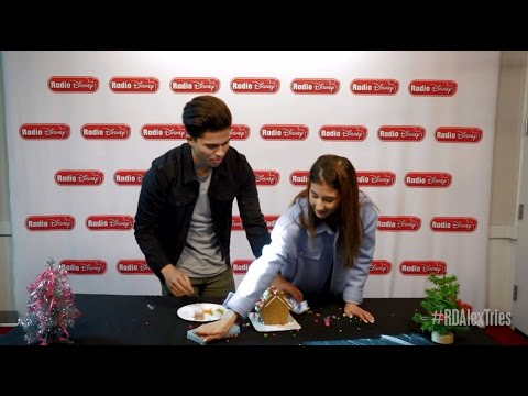 Alex Tries Ep5: Decorating a Gingerbread House with Meg DeAngelis | Radio Disney Unwrapped