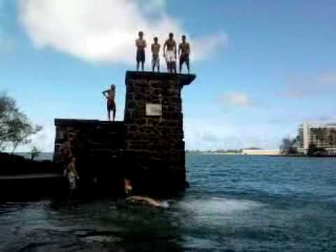coconut island stunting.lol