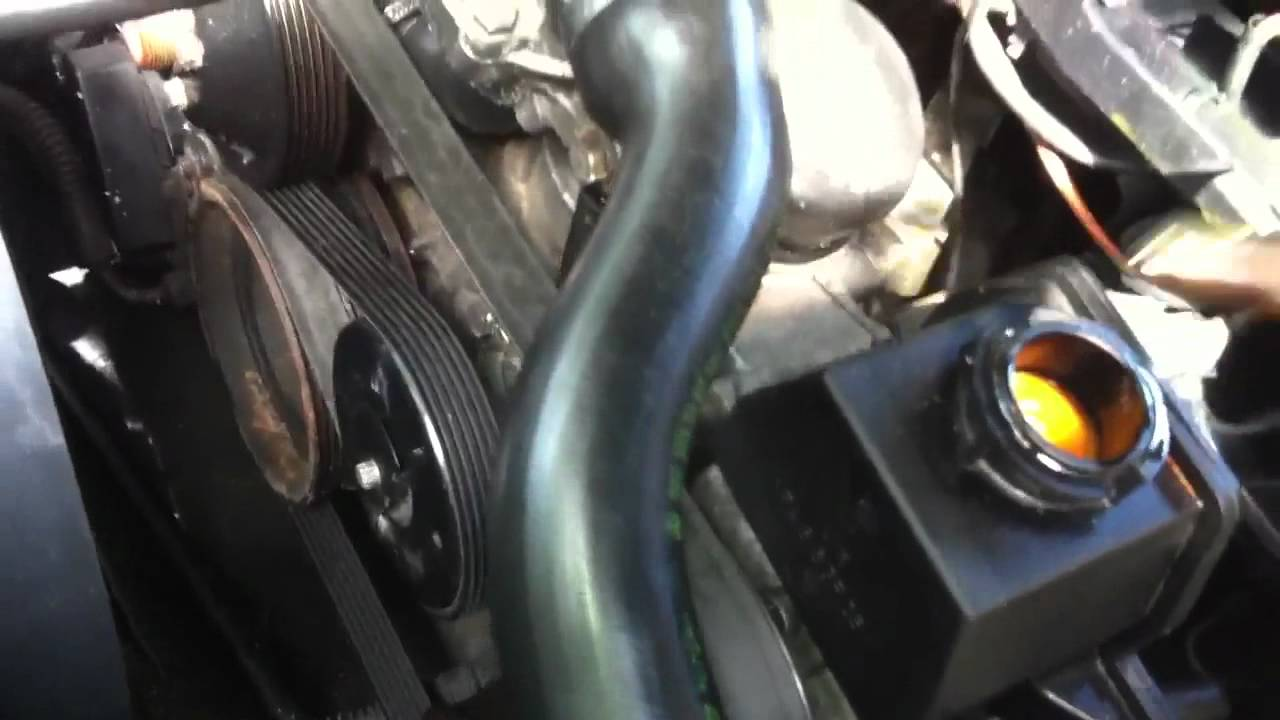 How To Change Brake Fluid >> how to change power steering fluid..Mercedes w202 and ...