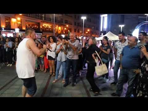 22.07.18. Ереван, проспект Северный, армянский дудук -
