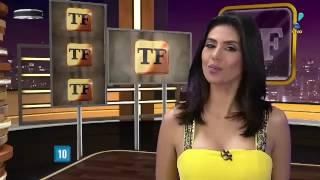 Bruna Marquezine posa de topless em ensaio sensual