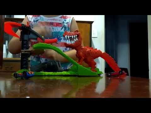hot wheels pista dinosaurio t rex youtube. Black Bedroom Furniture Sets. Home Design Ideas