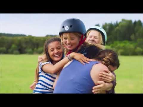 Download Rip Tide - Baseball entre filles (Extrait VF)
