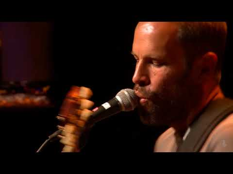 Jack Johnson  My Mind Is For Sale eTown webisode #1242