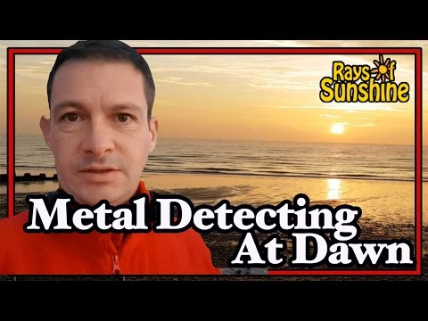 Metal Detecting At Dawn With My Favourite Detector (67)