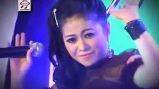 Lilin Herlina - Jangan Pura Pura [Official Music Video]