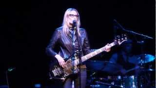 Watch Aimee Mann Driving Sideways video