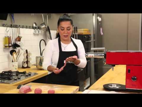 Hotpoint Slow Juicer Manual : Kenwood Cooking Chef Kitchen Machines AT957 Doovi