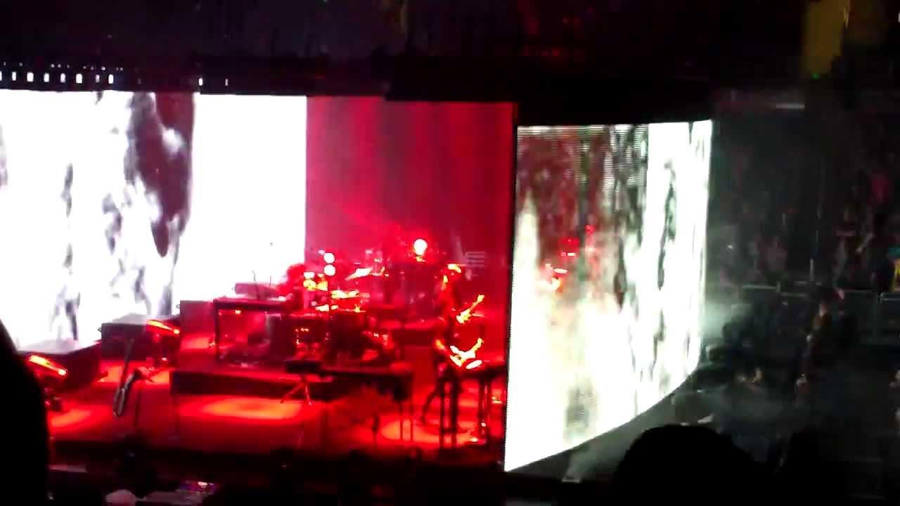 Nine Inch Nails - Came Back Haunted - Orlando 10-31-13 - YouTube