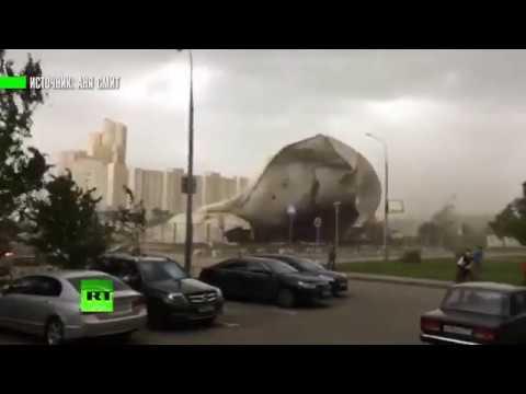 Глазами очевидцев: мощный ураган обрушился на Москву