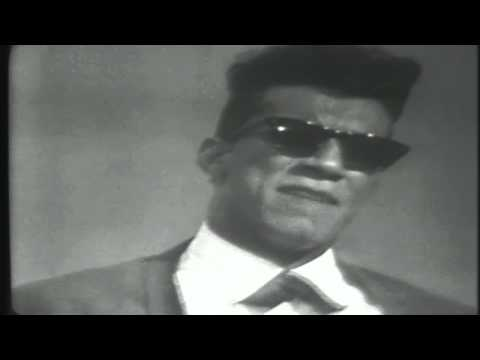 Hullabaloo February 2, 1965 - 07 The Bird Song - Rocky Roberts & The Airedales.avi