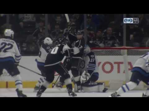 Jake Muzzin Scores on Connor Hellebuyck | Kings Tied with Jets 2-2