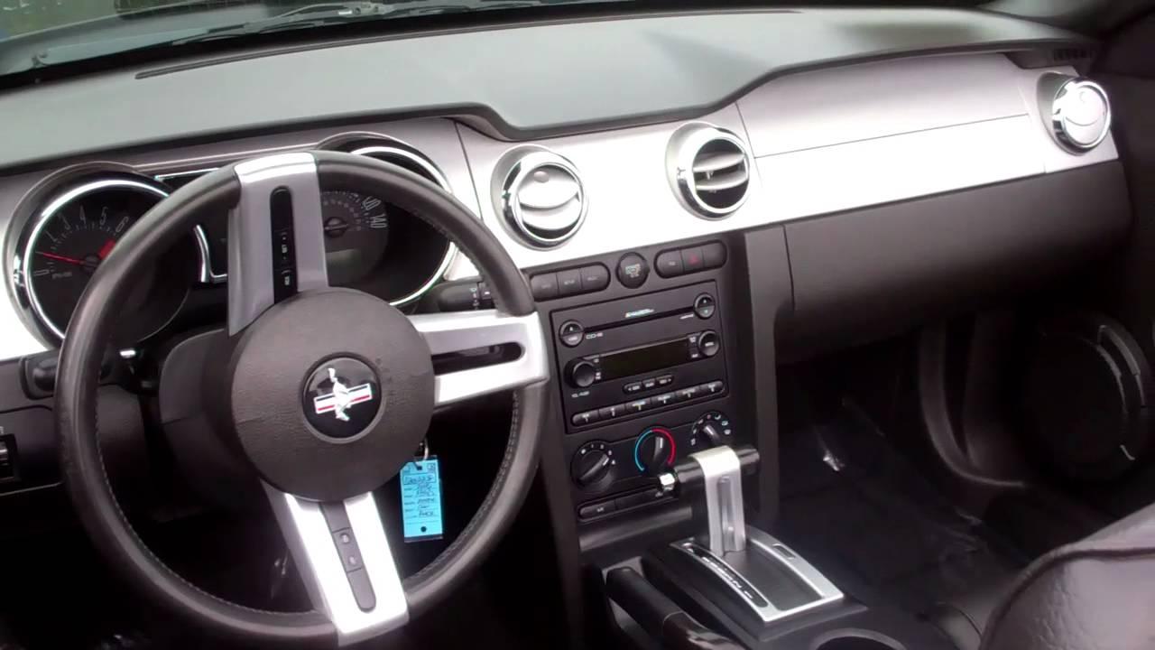 mustang convertible gt premium v8 300 hp at gresham ford youtube. Black Bedroom Furniture Sets. Home Design Ideas