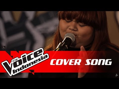"Artha ""Jatuh Hati"" 