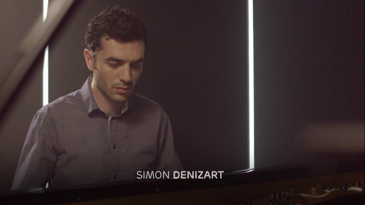 video: Simon Denizart interprète Beautiful people