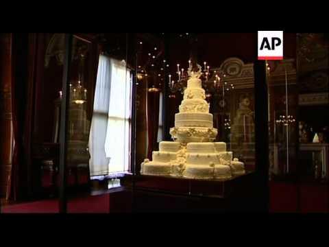 Duchess of Cambridge's wedding dress, tiara in royal exhibition