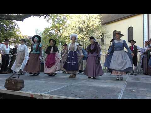 """les #danses #folkloriques traditionnelles du groupe """" le velay """""""