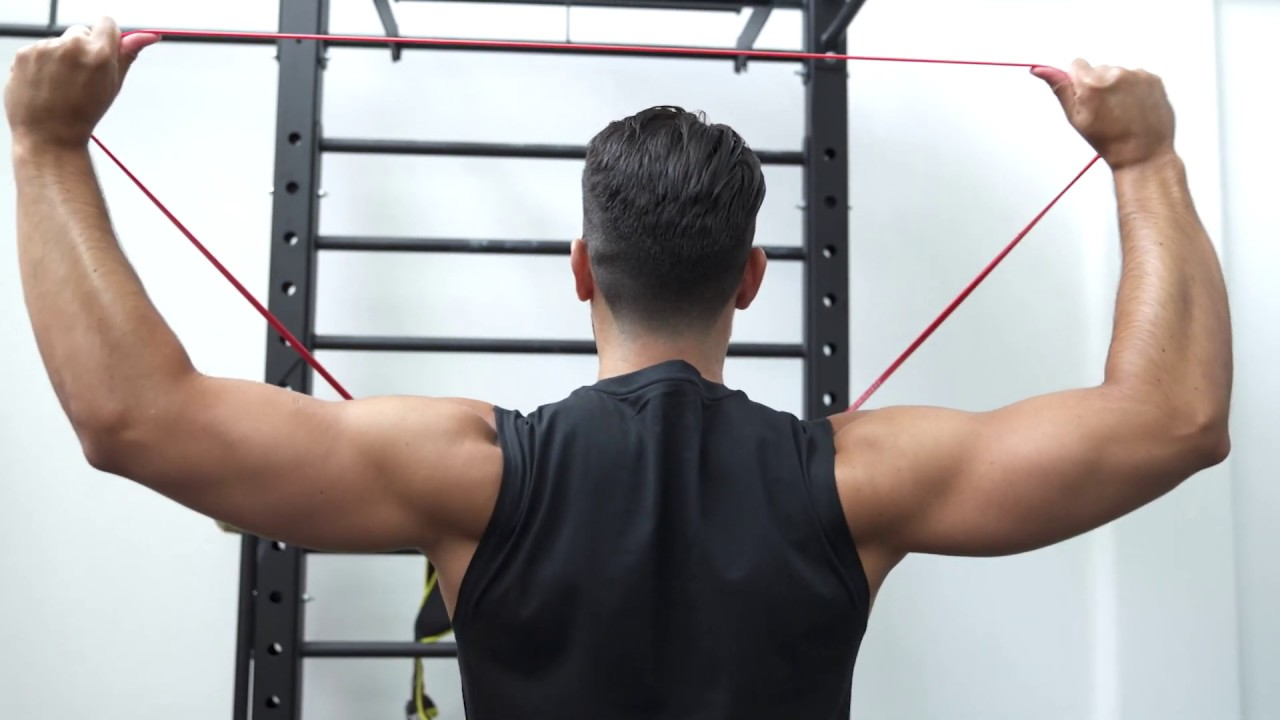 BACK WORKOUT – 3 SIMPLE EXERCISES THAT IMPROVE YOUR POSTURE