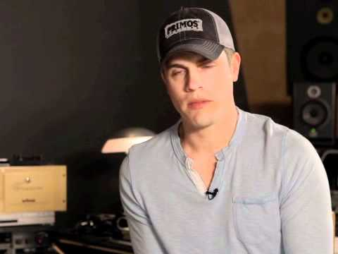 Dustin Lynch Q&A:  'What do you miss most about Tullahoma?' -Allison Hill