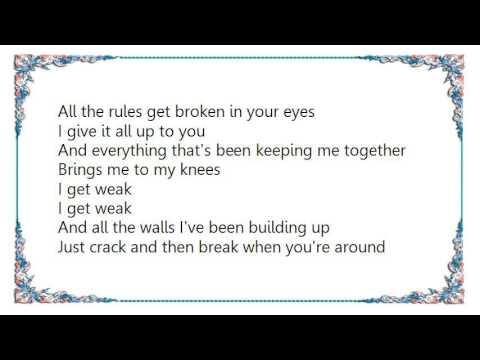 Westlife - I Get Weak Lyrics