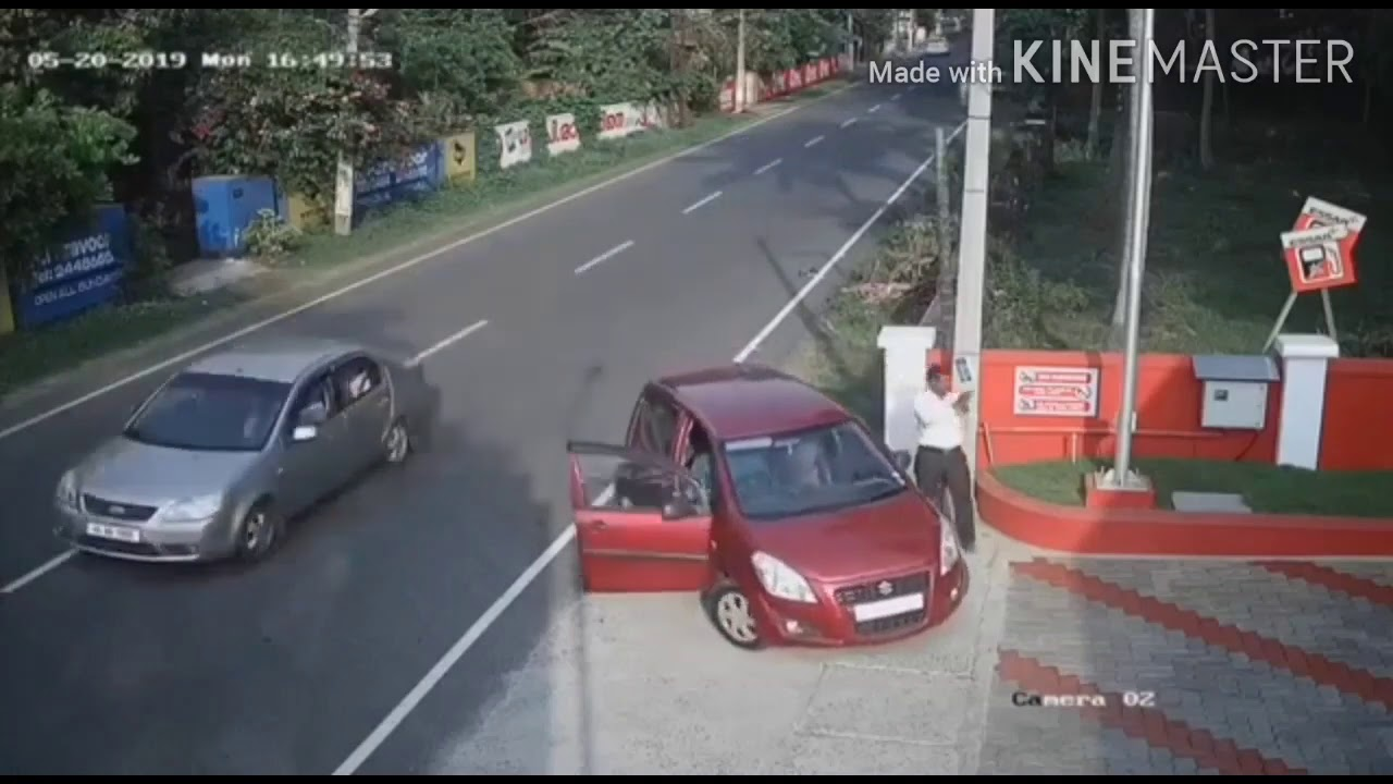 Download Horrific road accident in India