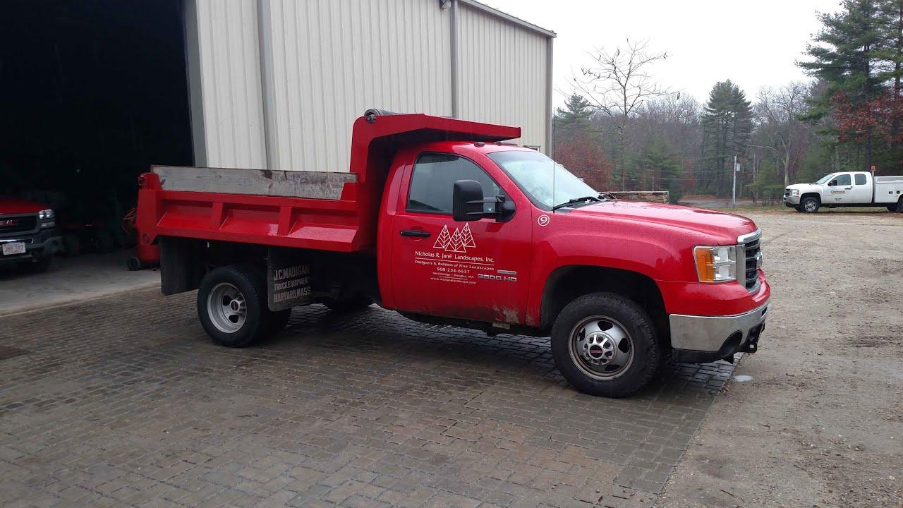 Sierra 3500 Duramax Dump Truck Walk Around - YouTube