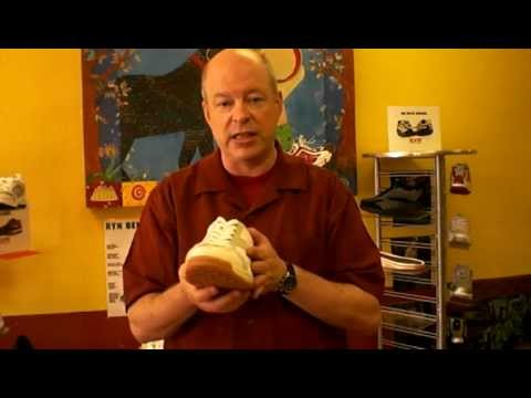 all-about-metatarsalgia-(ball-of-foot-pain)---how-shoes-&-inserts-can-help
