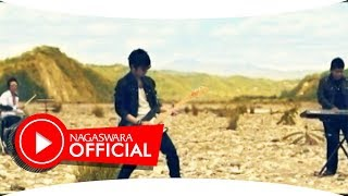 Doa Band Jauh Darimu Official Music Video NAGASWARA music